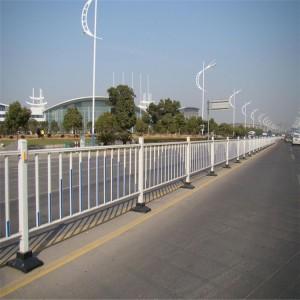 市政道路护栏 交通隔离铸铁护栏 人行道栏杆 马路安全防护栏